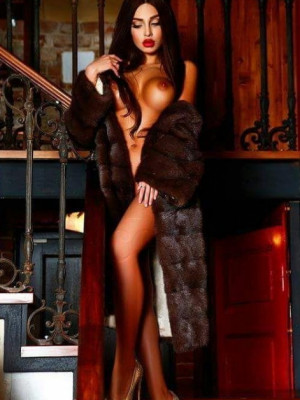 Girl Escort Juliette & Call Girl in Hamburg